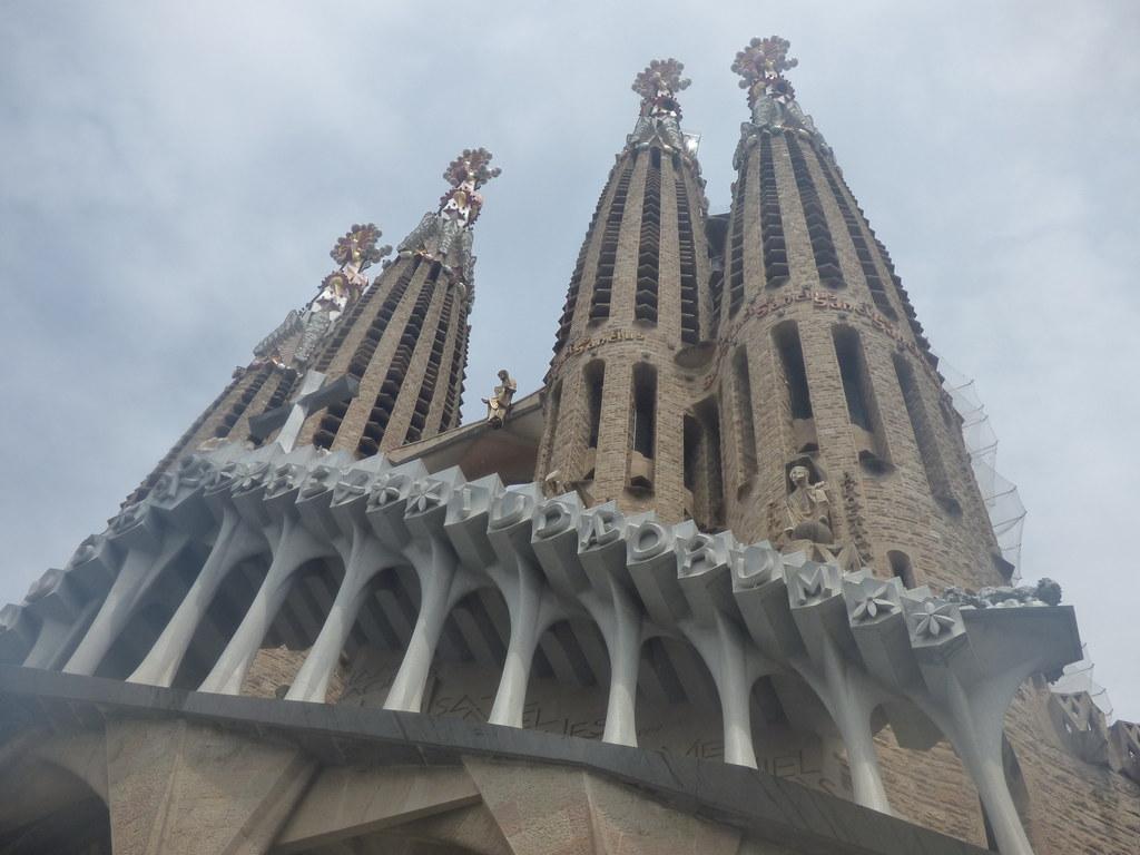 sagrada familia guided tour review