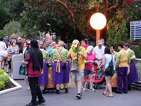 disney magic kingdom times guide