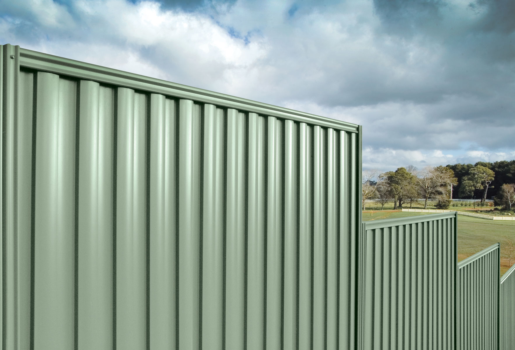 stratco good neighbour fencing installation guide